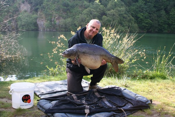 6 persoons accommodatie op Carp Quarry op www.fransekarpers.nl