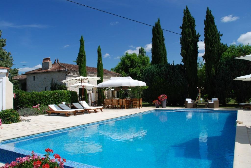 La Croze La Vire Sur Lot het zwembad